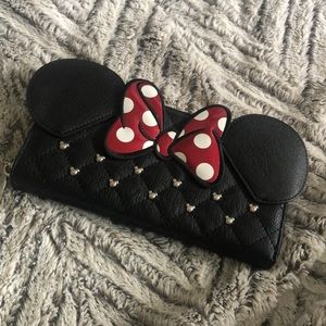Minnie Loungefly wallet